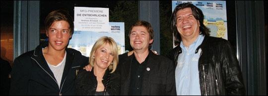 MFG-Premiere DIE ENTBEHRLICHEN in Stuttgart