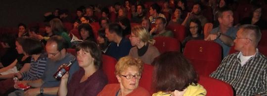 Publikumsreaktion auf der Filmkunstmesse Leipzig zu DIE ENTBEHRLICHEN
